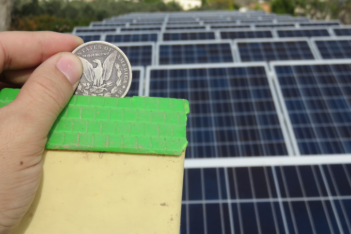 Texas green energy reduces GHG and helps save you money on your Dallas energy bill.