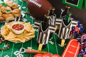 Save energy and enjoy the best game snacks with these great Super Bowl Party ideas!